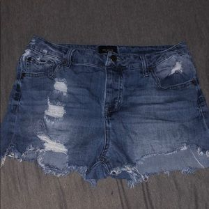 5/$25✨ Celebrity Pink Distressed Jean Shorts